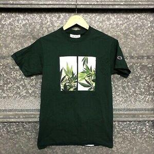 Champion t shirt
